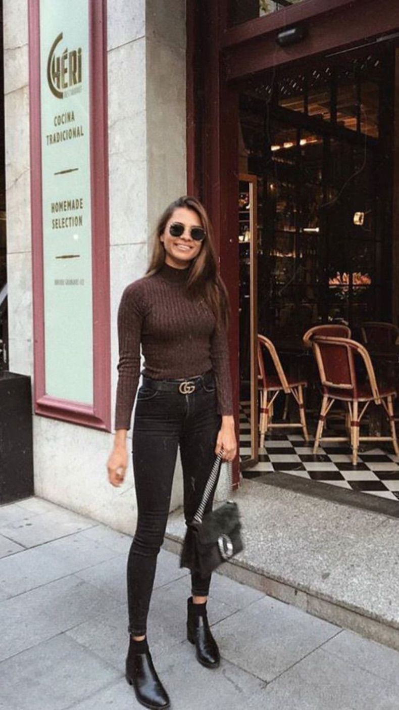 Negro Con Cafe Es Definitivamente La Combinacion Mas Sofisticada Para Enfrentar El Frio Cut Paste Blog De Moda